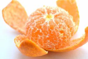 みかん カロリー 一個 炭水化物 食べ過ぎ 病気